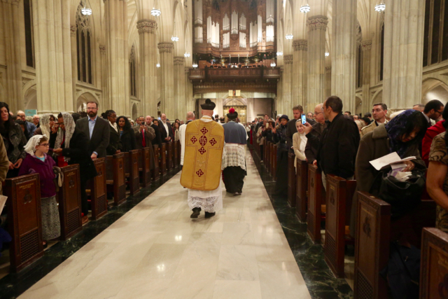 More than 1,000 Attend Latin Mass in NY's St  Patrick's Cathedral